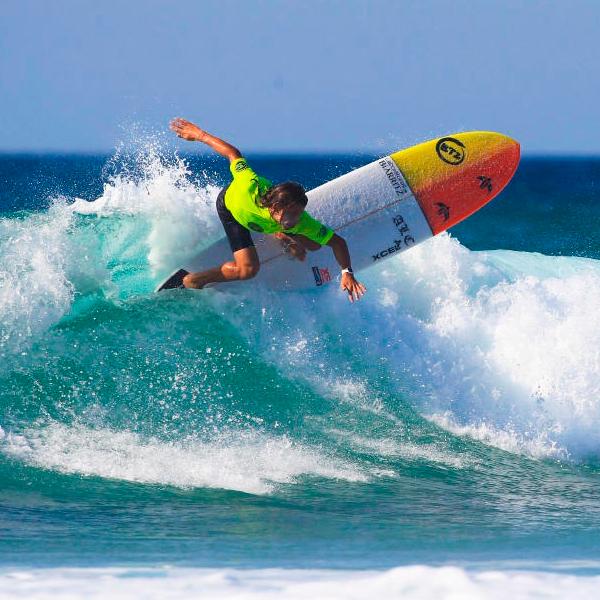 Antoine & Edouard Delpero longboard surfers on Trans World Sport
