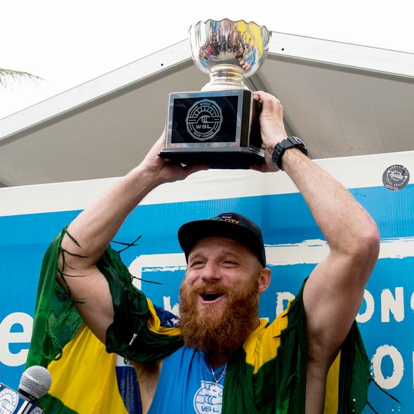 Rajzman consigue su segundo titulo mundial de Longboard