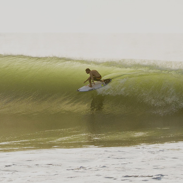 "Mick Fanning en la ola perfecta ""The Snake"""