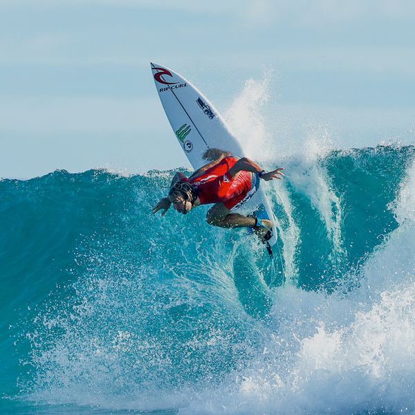 Owen Wright se corona en Snapper Rocks
