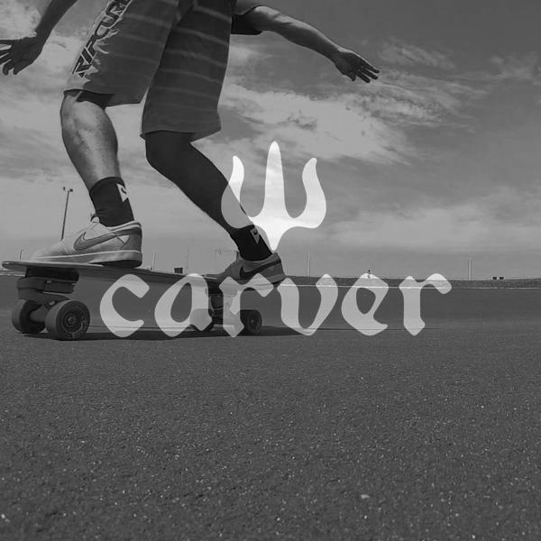 Nueva Carver 32″ surf punk C7