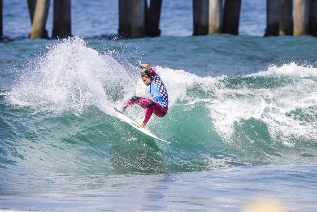 Courtney-Conlogue-Vans-US-Open-of-Surfing-