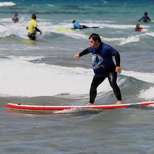 III Encuentro de surf adaptado