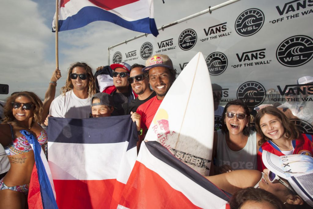 Carlos-Munoz-Vans-US-Open-of-Surfing